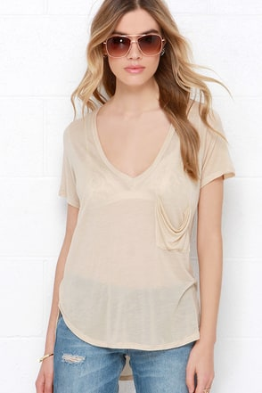 License to Chill Ivory V Neck Tee at Lulus.com!