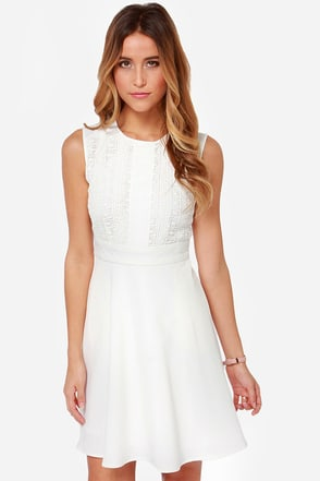 Darling Faye Embroidered Ivory Dress