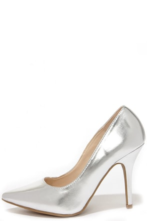 Wild Diva Lounge Lovisa 01 Silver Pointed Pumps at Lulus.com!
