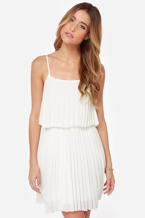 Pleats on Earth White Dress