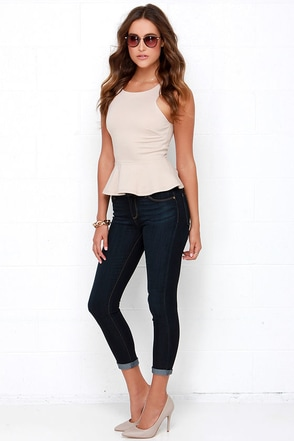 Blurred Horizon Dark Wash Ankle Skinny Jeans at Lulus.com!