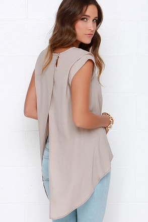 Tail the World Beige Top at Lulus.com!