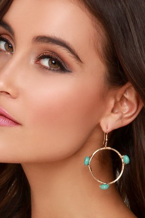 Aqua Safari Gold and Turquoise Earrings at Lulus.com!