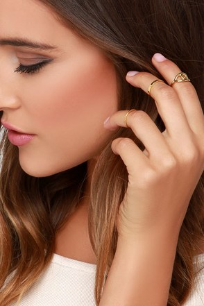 Eye Heart It Gold Knuckle Ring Set at Lulus.com!