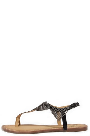 Kensie Tommie Black Beaded Thong Sandals at Lulus.com!