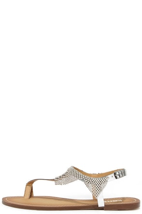 Kensie Tommie Silver Beaded Thong Sandals at Lulus.com!