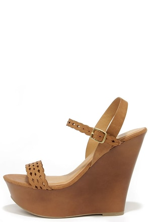 Trellis a Story Peach Platform Wedge Sandals at Lulus.com!