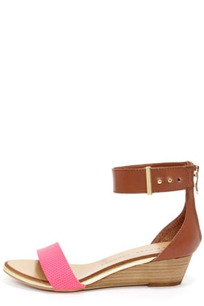 Chinese Laundry Kalifornia Pink and Brown Ankle Strap Sandals