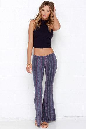 O'Neill Skye Dusty Purple Print Flare Pants at Lulus.com!