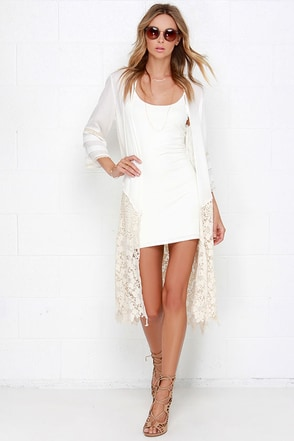 O'Neill Wanderer Ivory and Beige Lace Kimono Top at Lulus.com!
