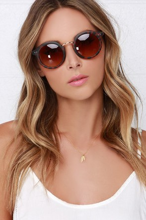 Eye Catcher Matte Tortoise Sunglasses at Lulus.com!