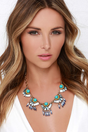 Leading Light Turquoise Rhinestone Statement Necklace at Lulus.com!