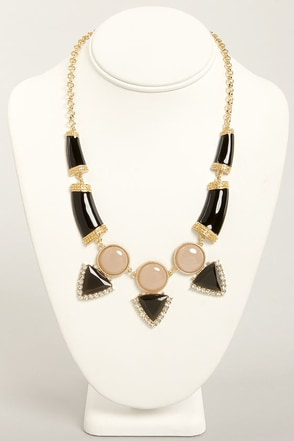 Gem and Us Black Rhinestone Necklace
