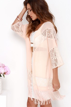Sheer We Are Peach Lace Kimono Top at Lulus.com!