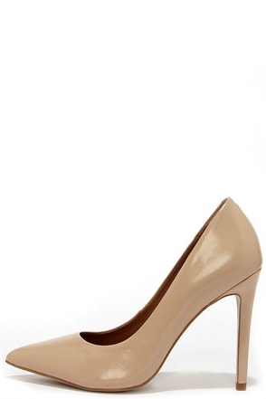 Steve Madden Proto White Leather Pointed Pumps at Lulus.com!