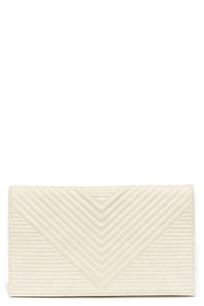 Stitch Craft Quilted Cream Clutch at Lulus.com!