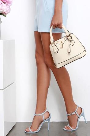 Slight Attendant Peach Mini Handbag at Lulus.com!