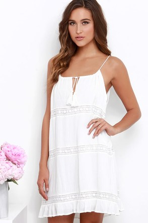 Early Riser Ivory Lace Shift Dress at Lulus.com!