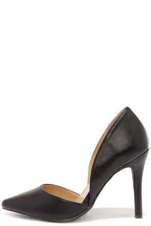 Make an Appearance Black D'Orsay Pumps at Lulus.com!