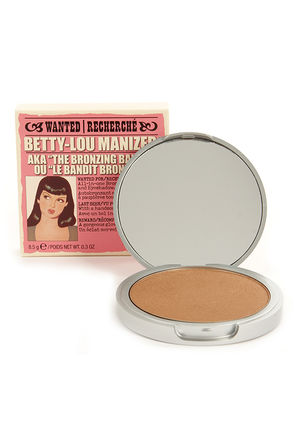 The Balm Betty-Lou Manizer Bronzer Shadow at Lulus.com!