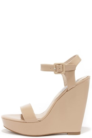 Steve Madden Prestine Natural Peep Toe Wedges at Lulus.com!