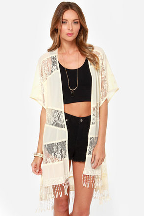 Fall from Lace Cream Kimono Top