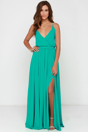Bienvenido A Miami Green Maxi Dress at Lulus.com!