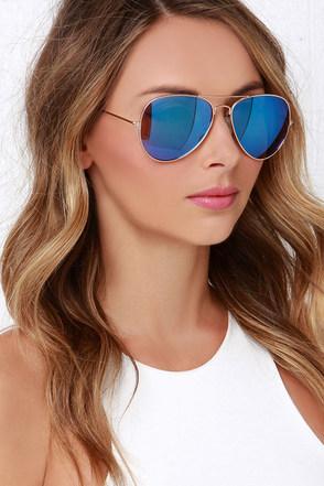 Sky Pilot Gold and Blue Aviator Sunglasses at Lulus.com!