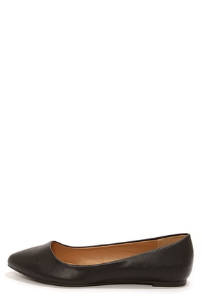City Classified Sadler Black Matte Vegan Leather Pointed Flats