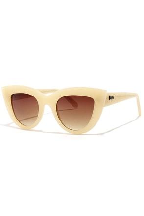 Quay Kitti Beige Cat-Eye Sunglasses at Lulus.com!