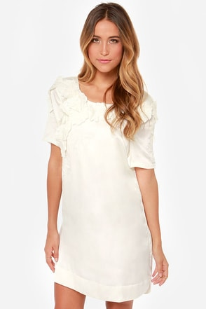 I. Madeline Weak in the Peonies Ivory Shift Dress