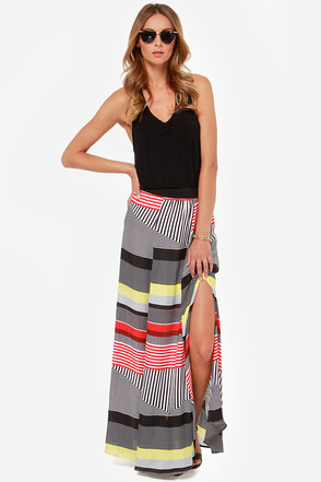 BB Dakota Iverson Black and Red Print Maxi Skirt at Lulus.com!