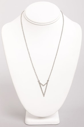 Right Directions Silver Arrow Necklace