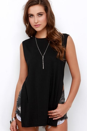 Flawless Strategy Black Muscle Tee at Lulus.com!