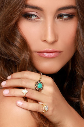 West Indies Gold and Turquoise Ring Set at Lulus.com!