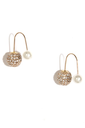 Absolute Treasure Gold and Pearl Peekaboo Earrings at Lulus.com!