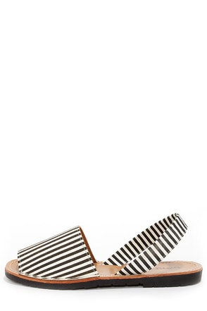 Dirty Laundry Elevate Stripe Black and White Sandals