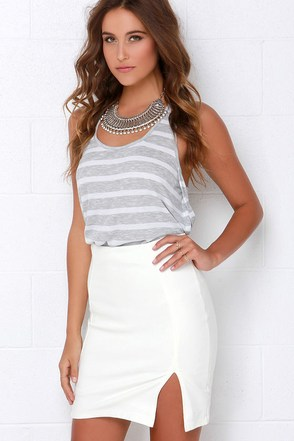 Magnetic Pull Black Pencil Skirt at Lulus.com!