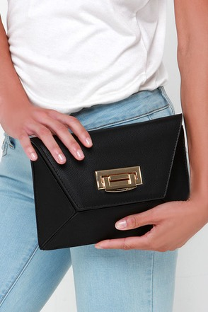 Shape Expectations Black Purse at Lulus.com!