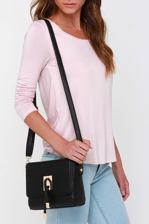 All Ties On You Black Purse at Lulus.com!