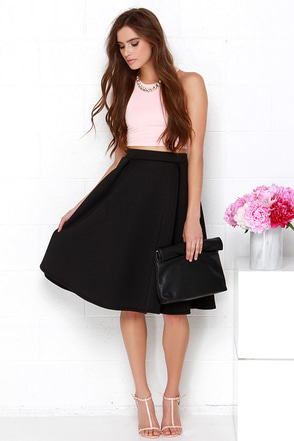 Tres Sophisticated Black Midi Skirt at Lulus.com!