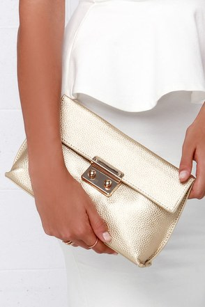 Quite the Handful Gold Clutch at Lulus.com!