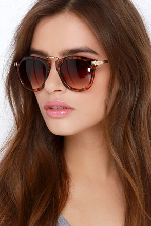 Frame or Shine Gold and Tortoise Sunglasses at Lulus.com!