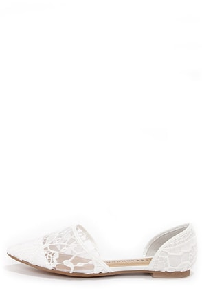 Chinese Laundry Easy Does It Macrame White Pointed Flats