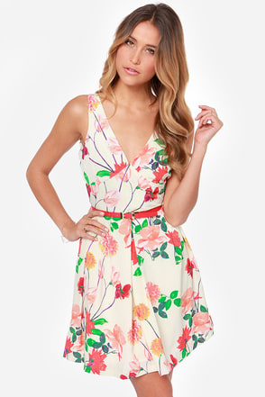 BB Dakota Basha Cream Floral Print Dress