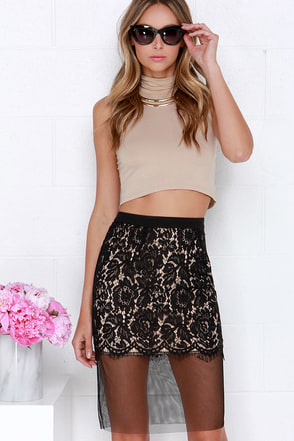 Lady of the Corridor Black Lace Midi Skirt at Lulus.com!