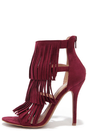 Gypsy Queen Oxblood Suede Fringe Dress Sandals at Lulus.com!