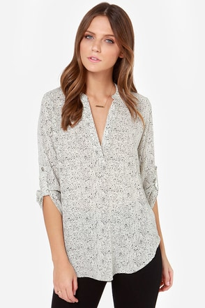 V-sionary Black and Cream Dot Print Top