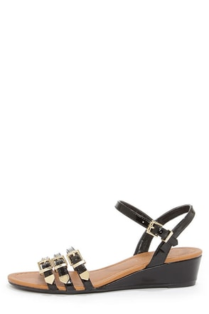 City Classified Pinkie Black Patent Wedge Sandals