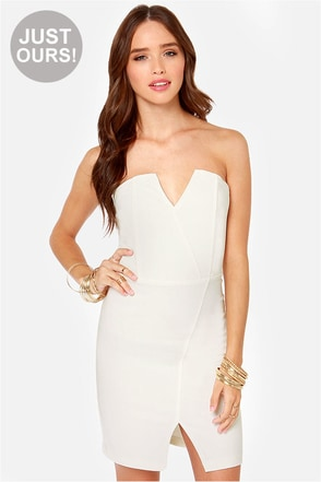 LULUS Exclusive Bodycon and Soul Strapless Ivory Dress
